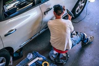 A gyári autóalkatrészek előnyei