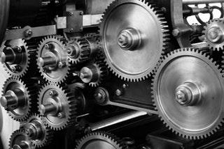 Egyre több cég készítettet egyedi gépeket magának